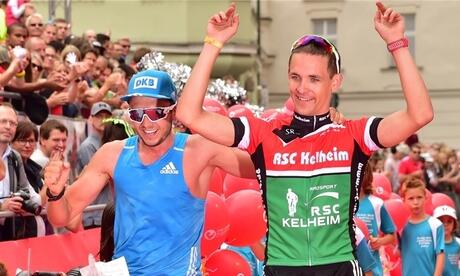 "Niklas Kellerer (l.) und Aron Reitz gewannen die ""Challenge for two"" in 8:07:52 Stunden. Fotos: marathon-photos.com"