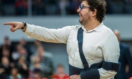 Meister-Trainer Andrea Trinchieri muss in Bamberg gehen. Foto: Nicolas Armer