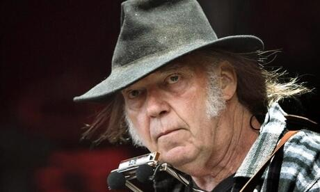 Neil Young 2016 beim Roskilde Festival. Foto: Nils Meilvang